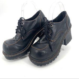 Baker Ladies Vegan Platform Oxford Shoe 9B